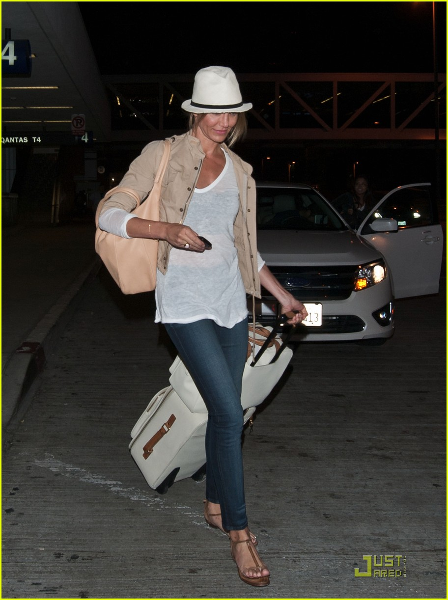 cameron diaz walks and talks at lax 03