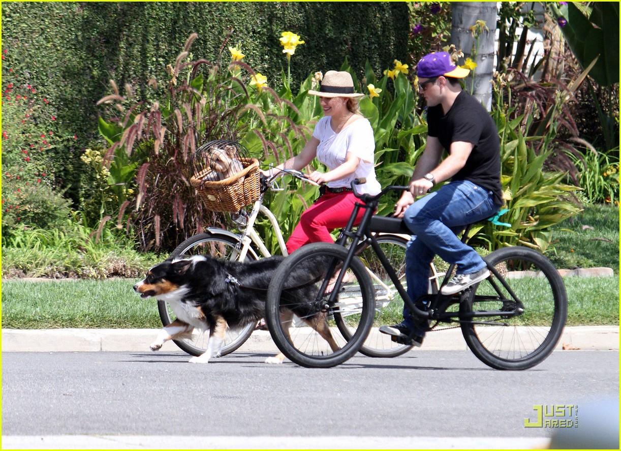 hilary duff mike bikes 16
