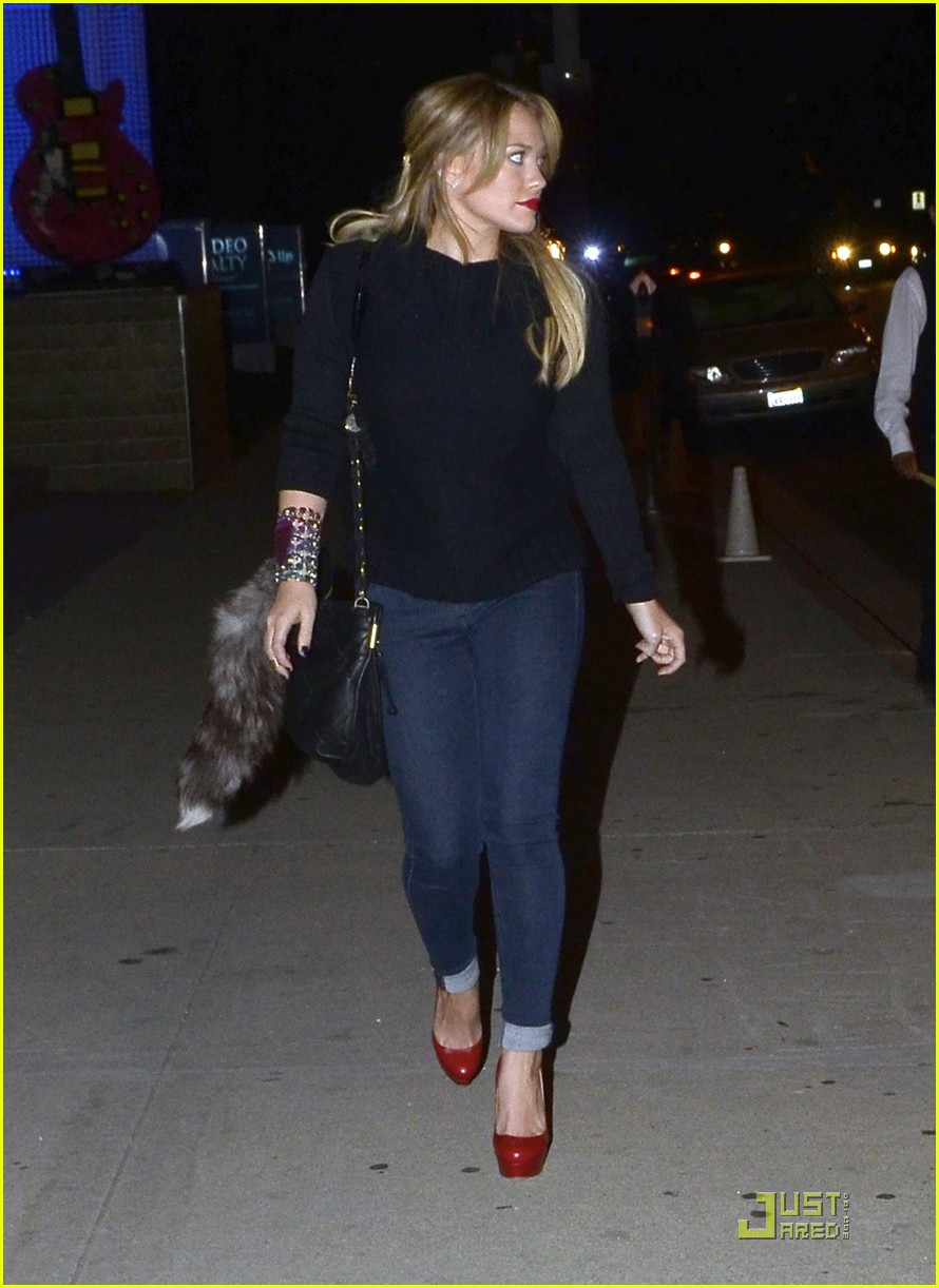 hilary duff date night mike 072569364