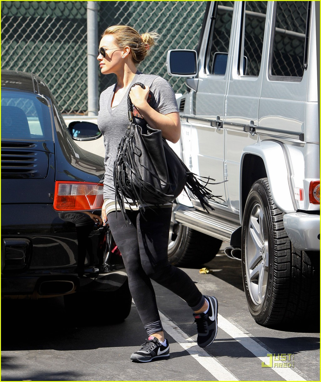 hilary haylie duff gym 10