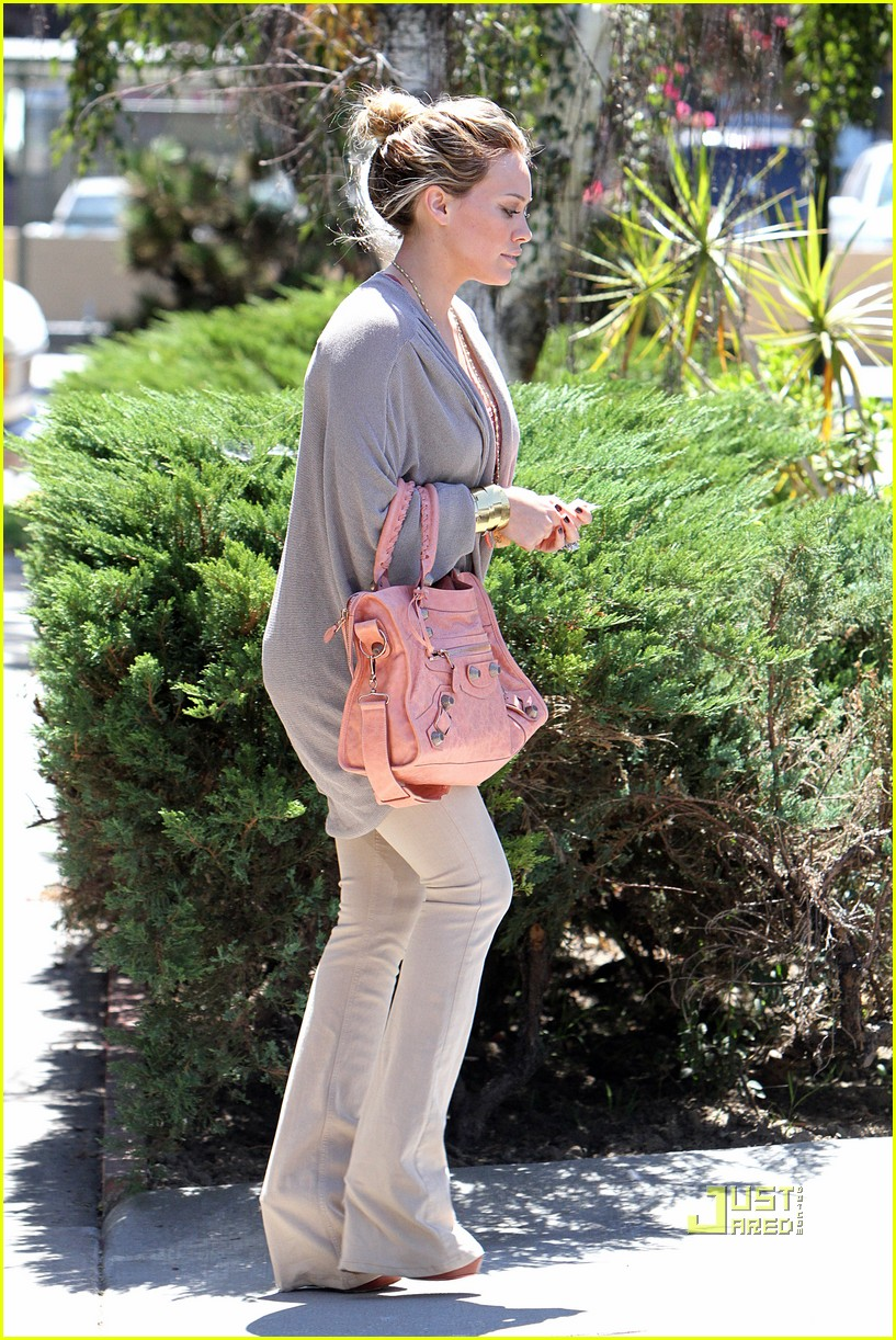 hilary duff doctor appointment 01