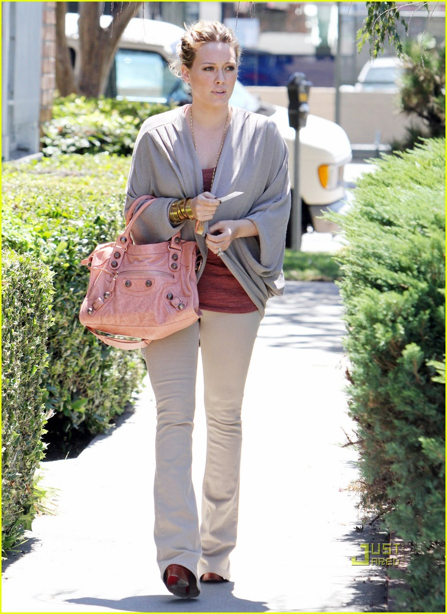 hilary duff doctor appointment 09