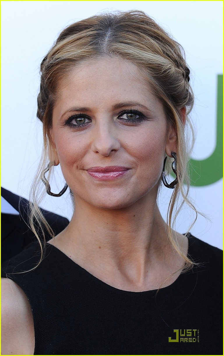 sarah michelle gellar cw party panel 072566663