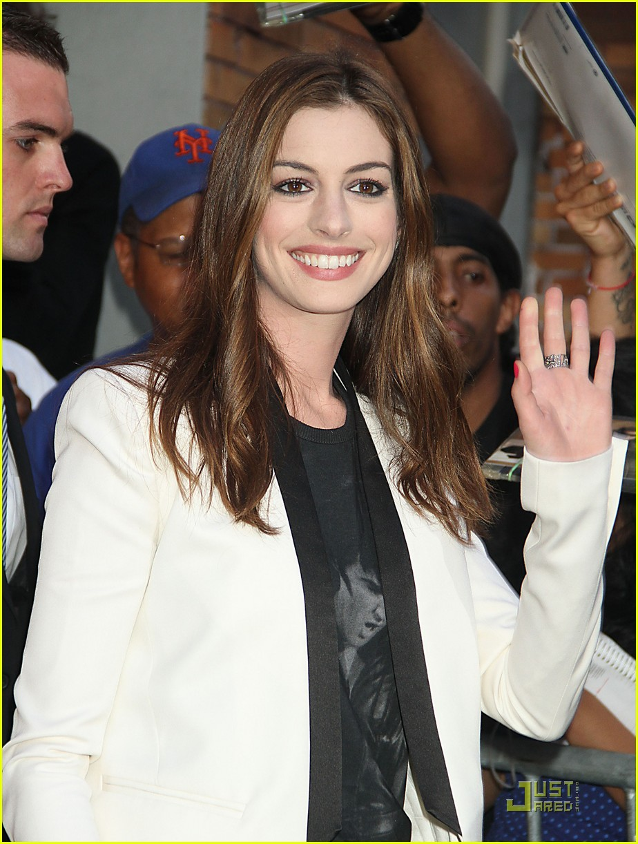 anne hathaway one day in theaters now 07