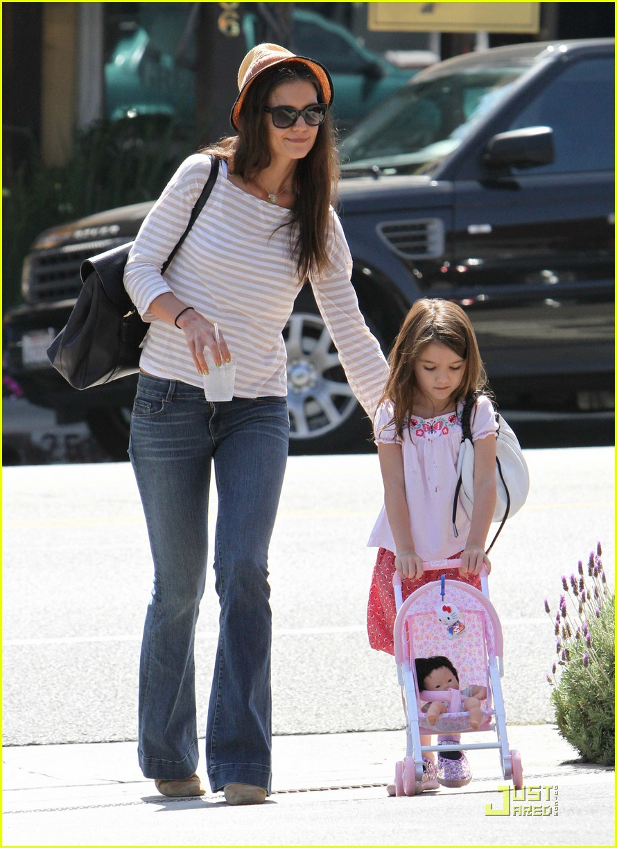 katie holmes suri is my style critic 01