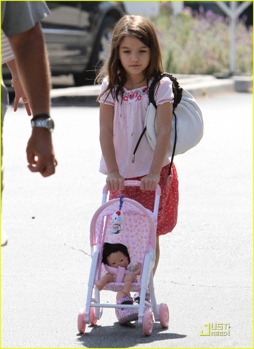 katie holmes suri is my style critic 04