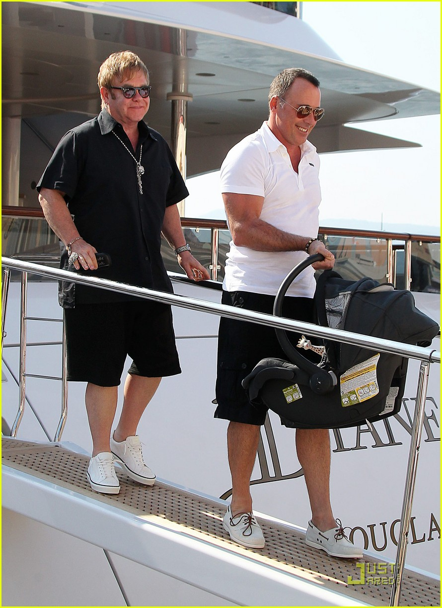 elton john david furnish st tropez with baby zachary 042567036