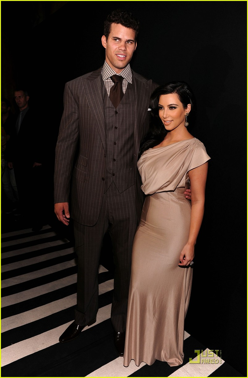 kim kardashian kris humphries celebrate wedding in nyc 01