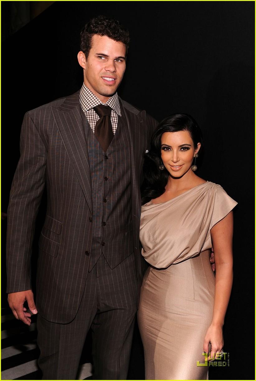 kim kardashian kris humphries celebrate wedding in nyc 06