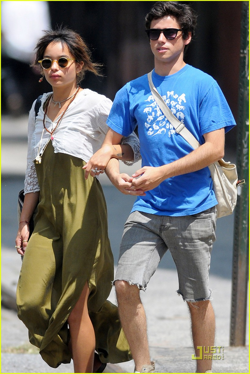 zoe kravitz lunch date with ricky ullman 032569403