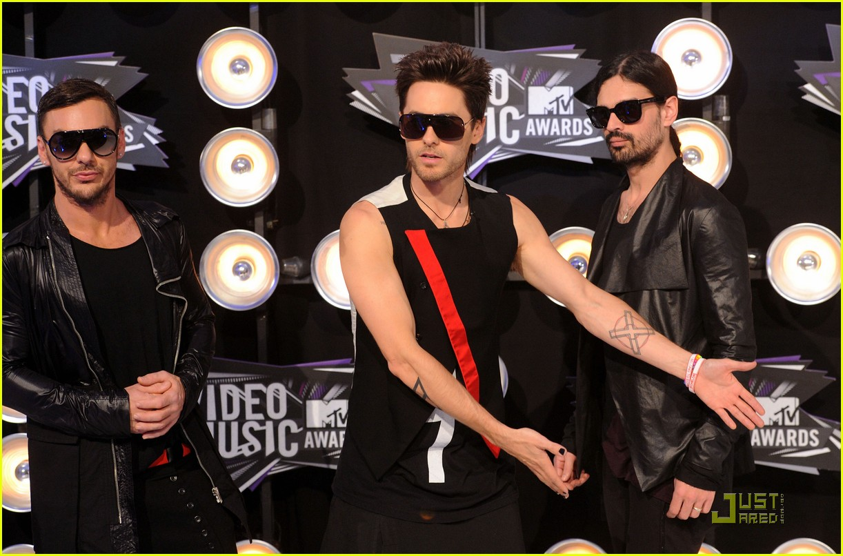 jared leto mtv vmas 2011 with 30 seconds to mars 10