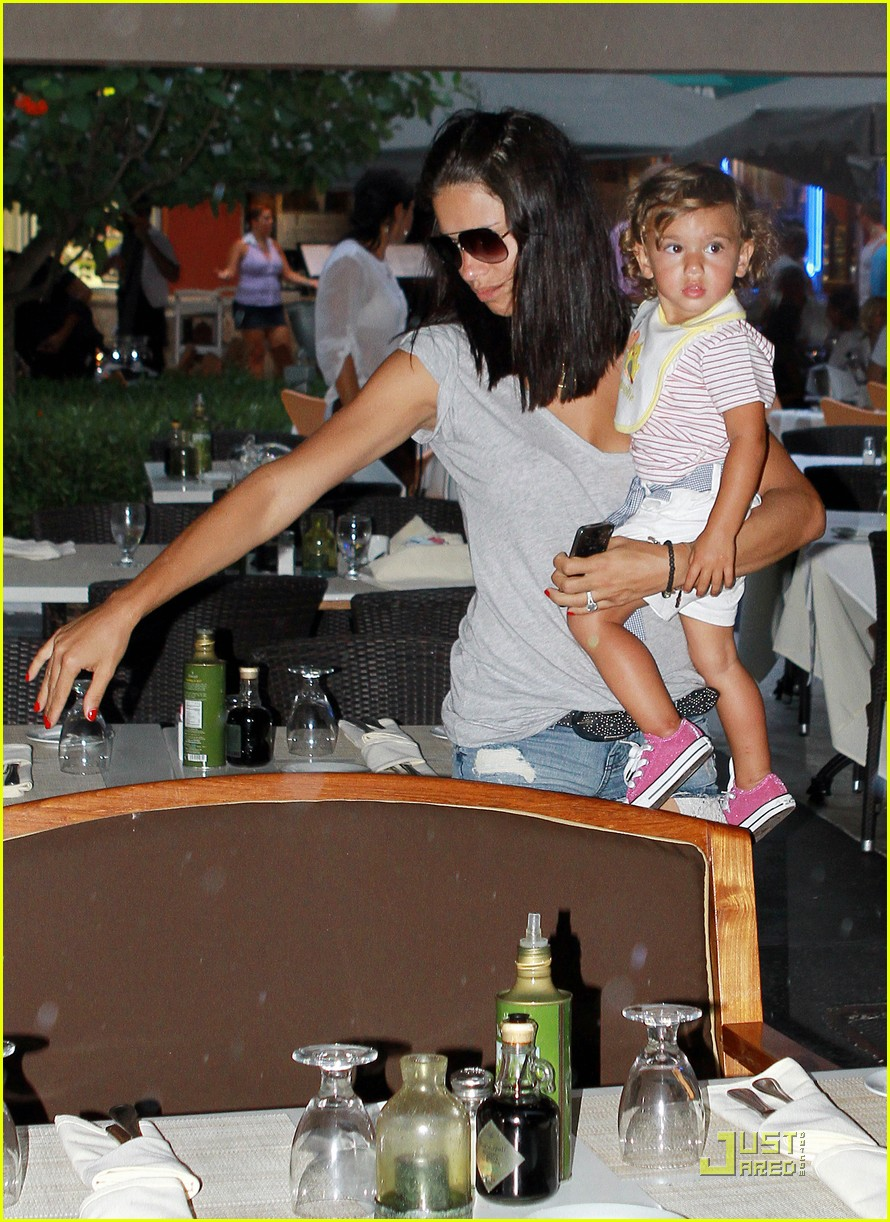 adriana lima family fun in miami 01