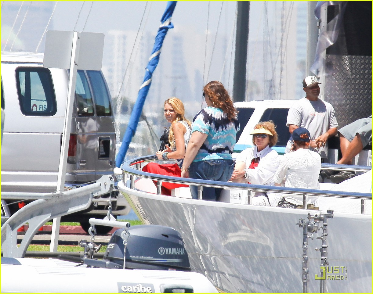 blake lively gossip girl in california 18