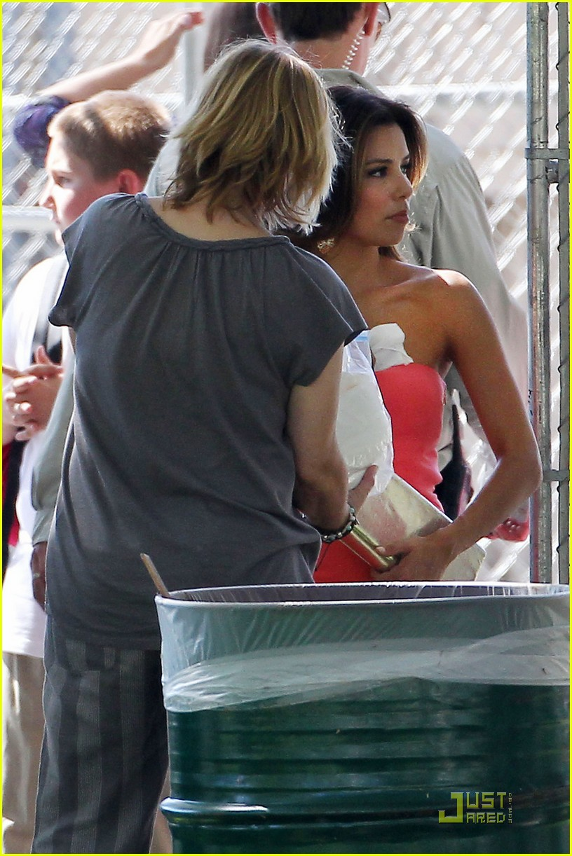 eva longoria houswives filming continues 11