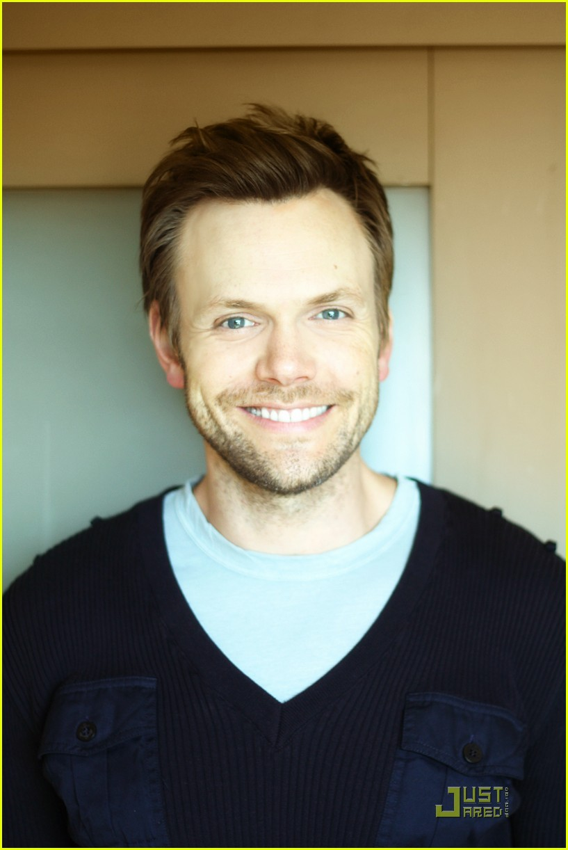 joel mchale justjared exclusive interview 02