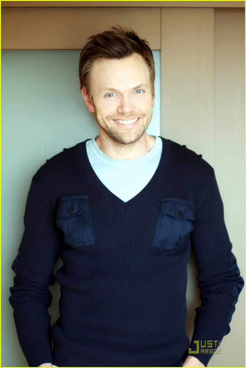 joel mchale justjared exclusive interview 03