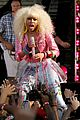 nicki minaj wardrobe malfunction on good morning america 12