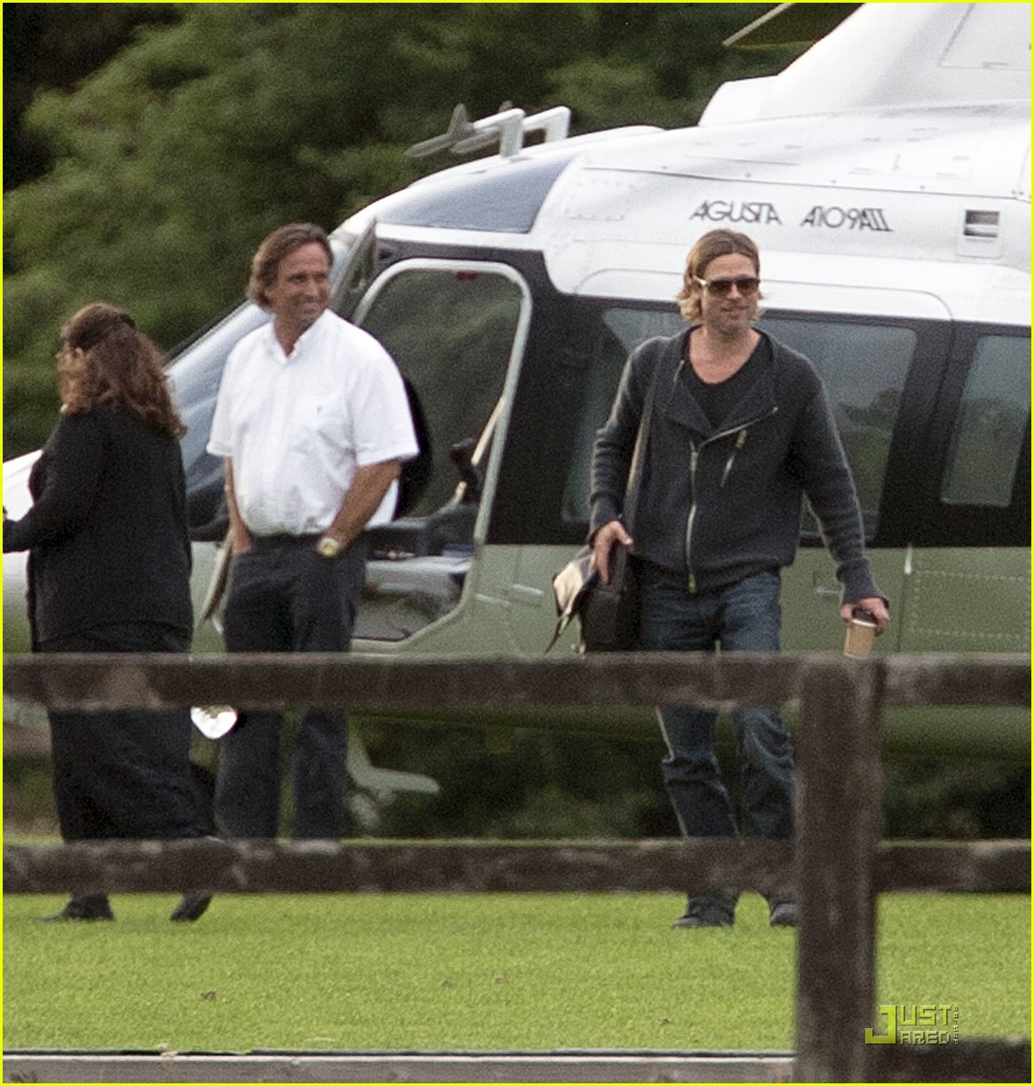 brad pitt helicopter richmond 032569495