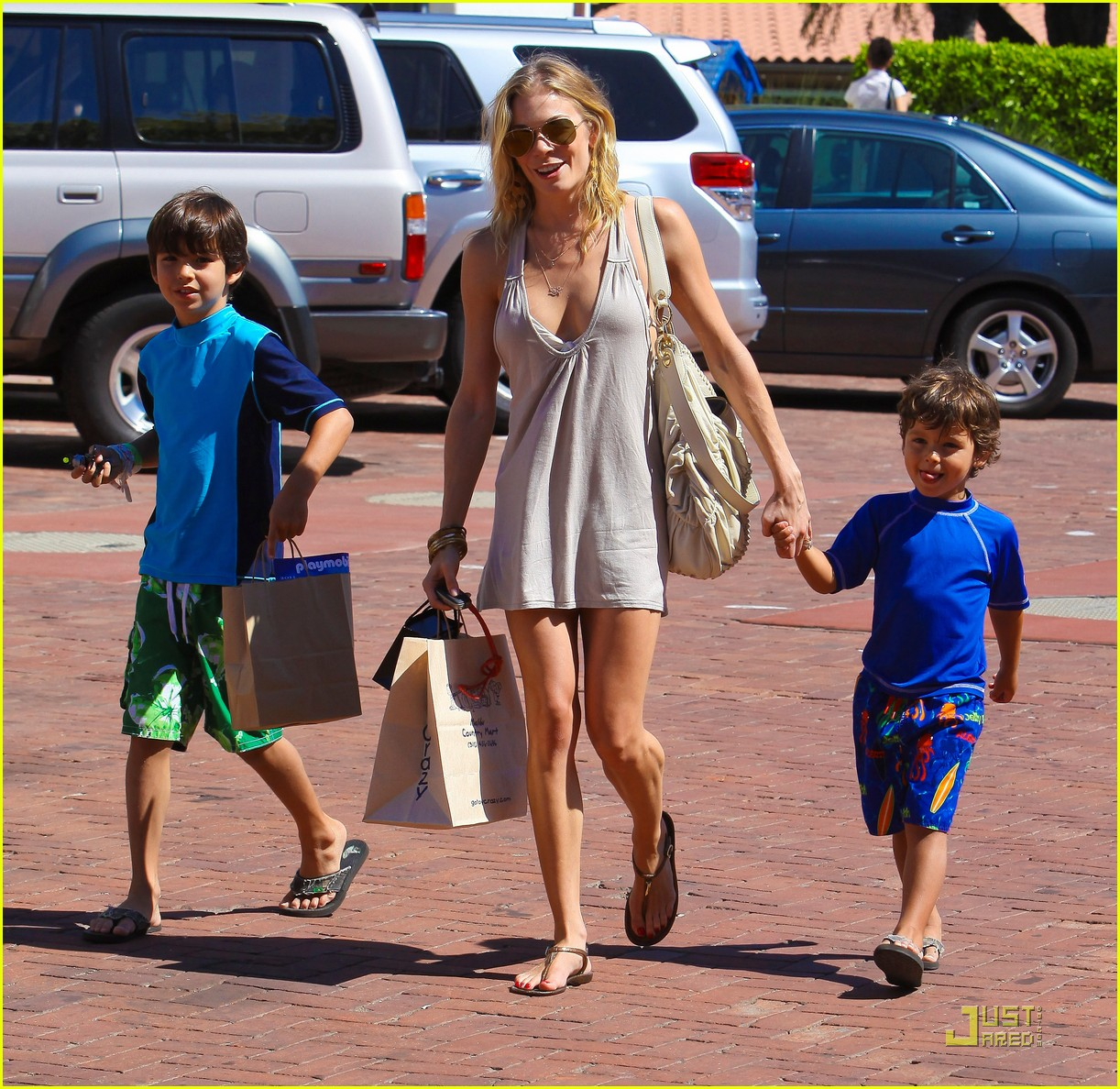leann rimes toy shopping jake mason 01