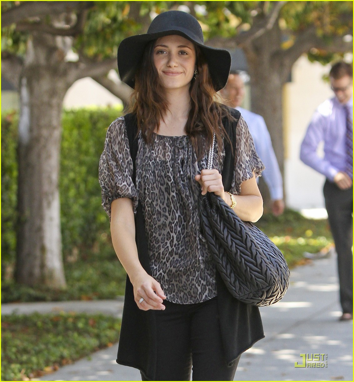 emmy rossum all smiles 10
