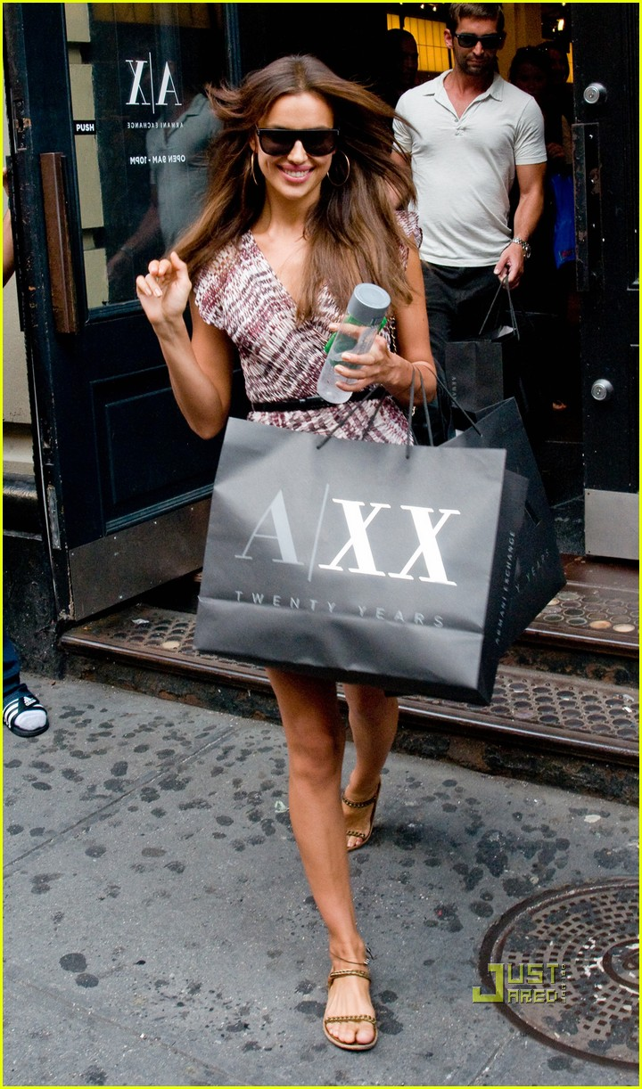 irina shayk working out shopping 09