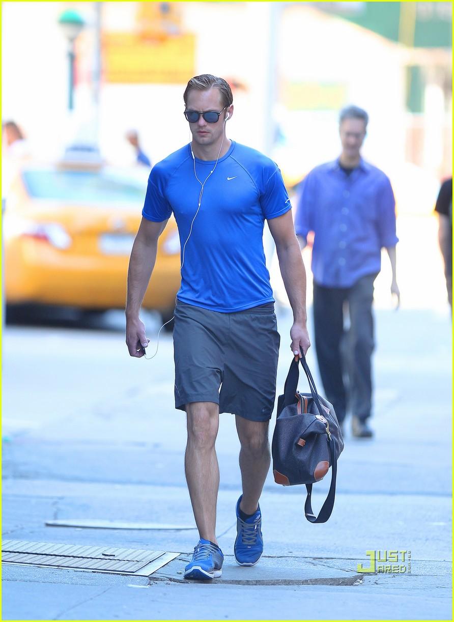 alexander skarsgard gym blue shirt 012572623