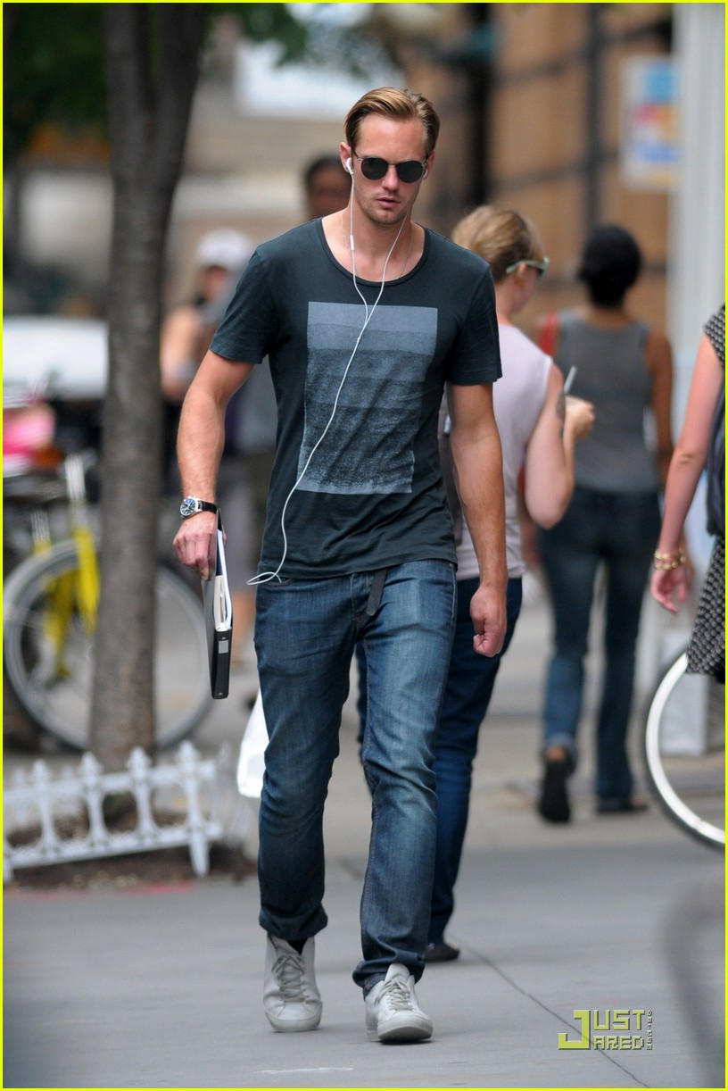 alexander skarsgard repeat outfit offender 03