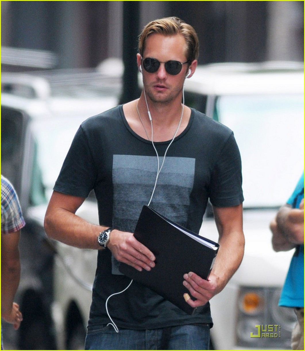 alexander skarsgard repeat outfit offender 042568113