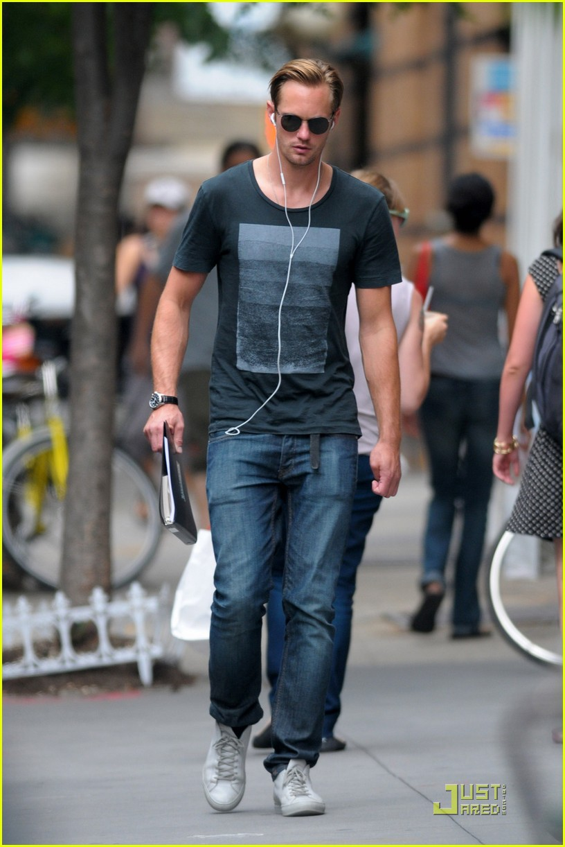 alexander skarsgard repeat outfit offender 052568114