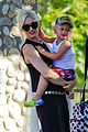 gwen stefani park playtime with zuma 13