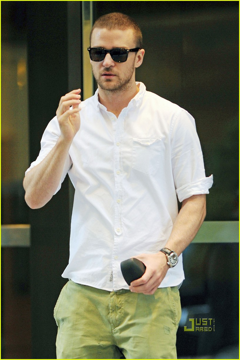 justin timberlake office building meeting 01