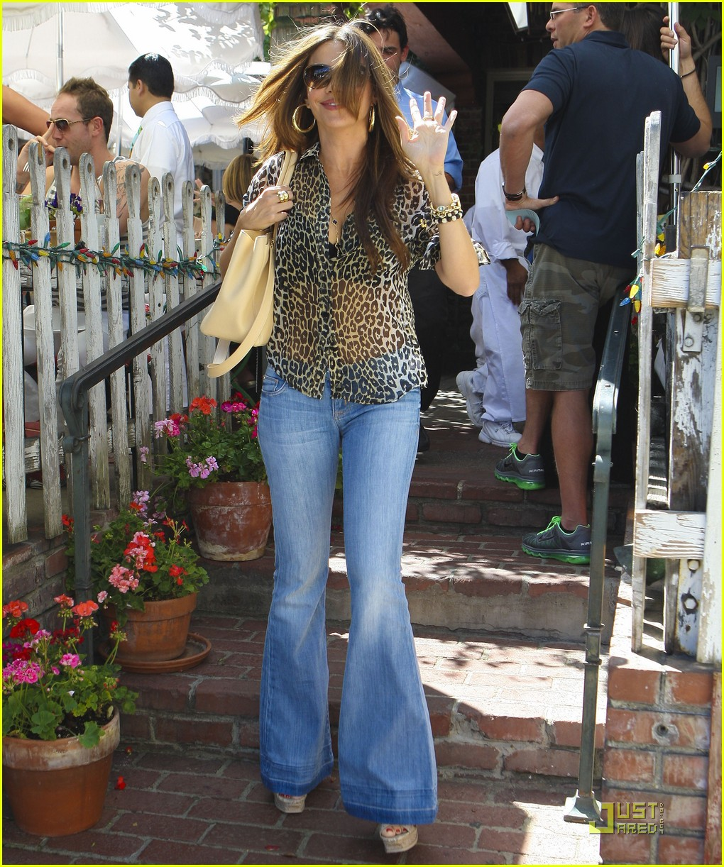 sofia vergara lunch nick loeb 22