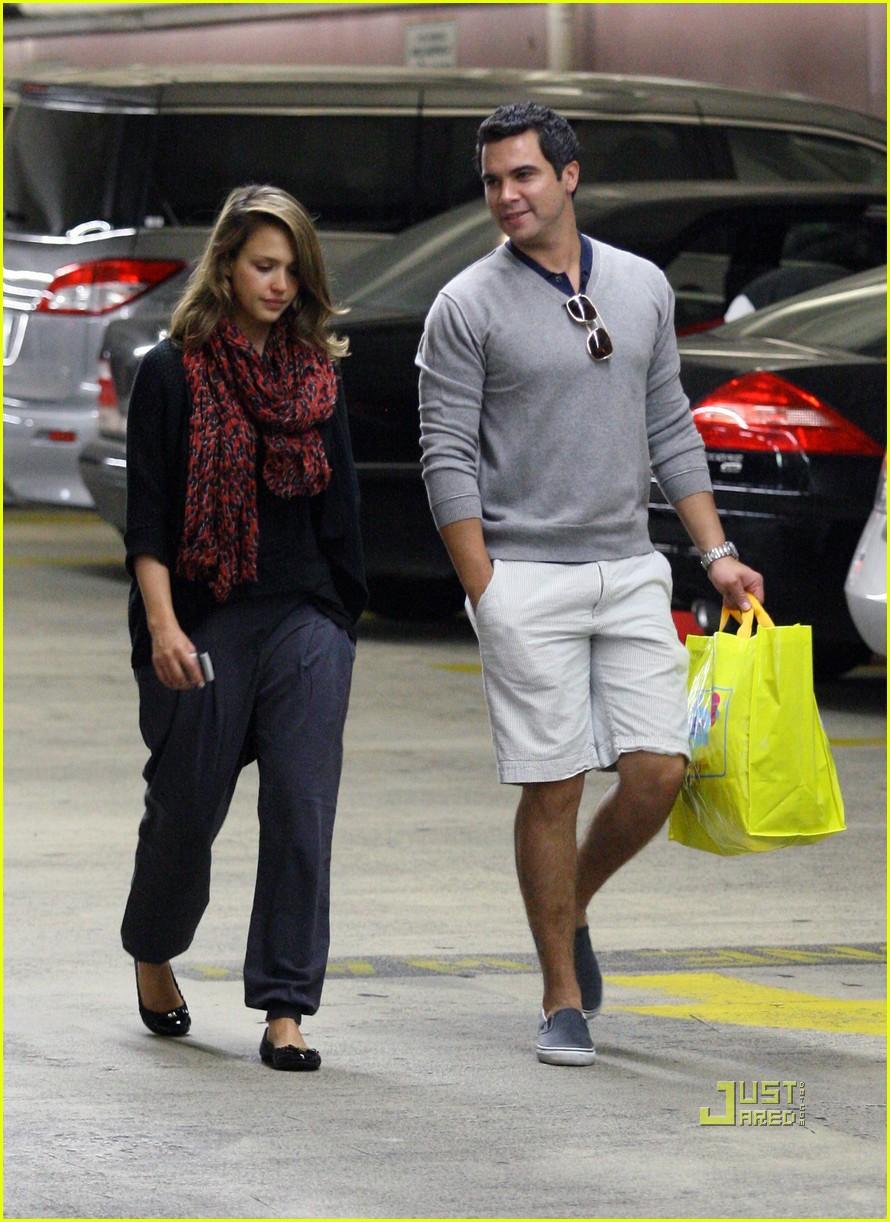 Джессика альба с мужем фото