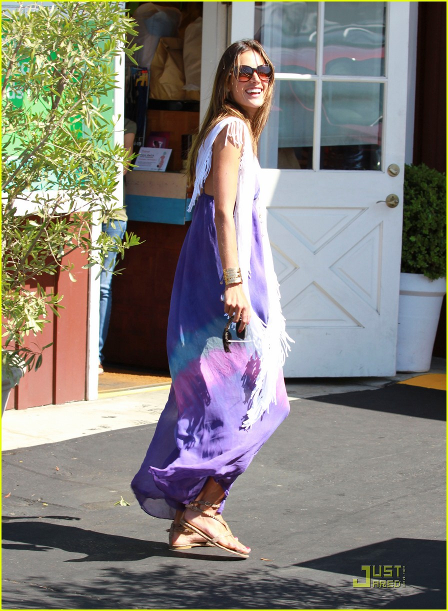 alessandra ambrosio anja brentwood country mart 05
