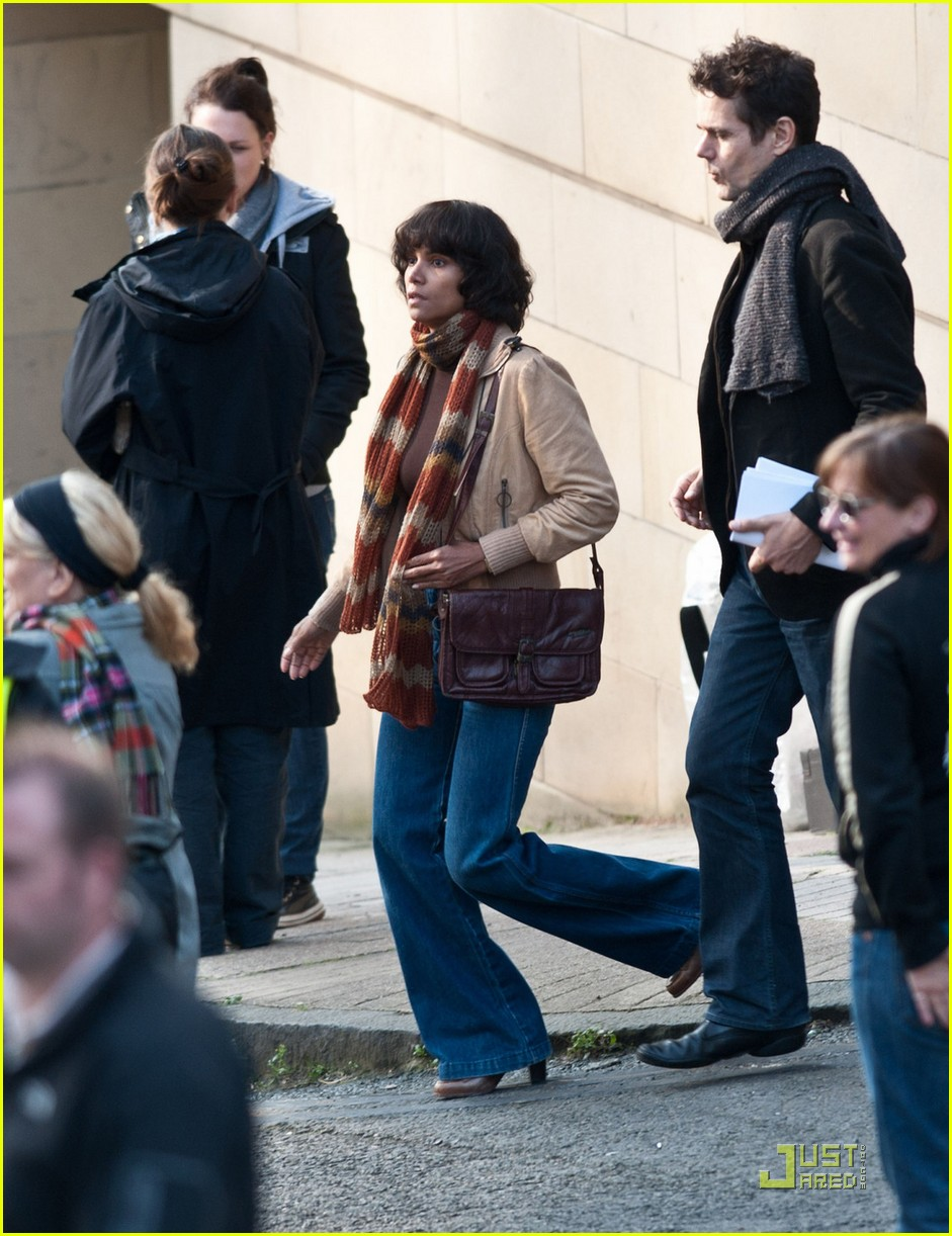 halle berry wigs out cloud atlas 03