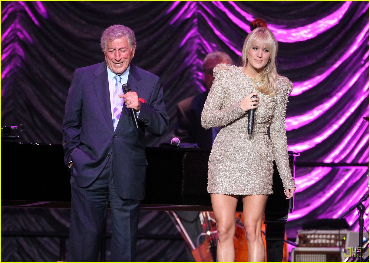 carrie underwood tony bennett staples center 072583936