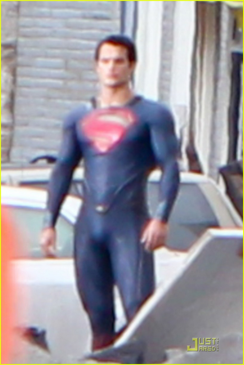 henry cavill superman man of steel set photos 02