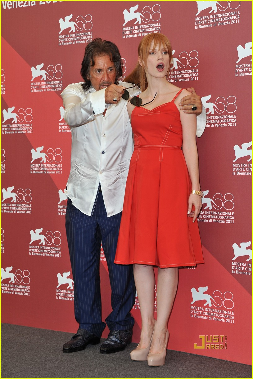 jessica chastain al pacino wild salome photo call 052576593