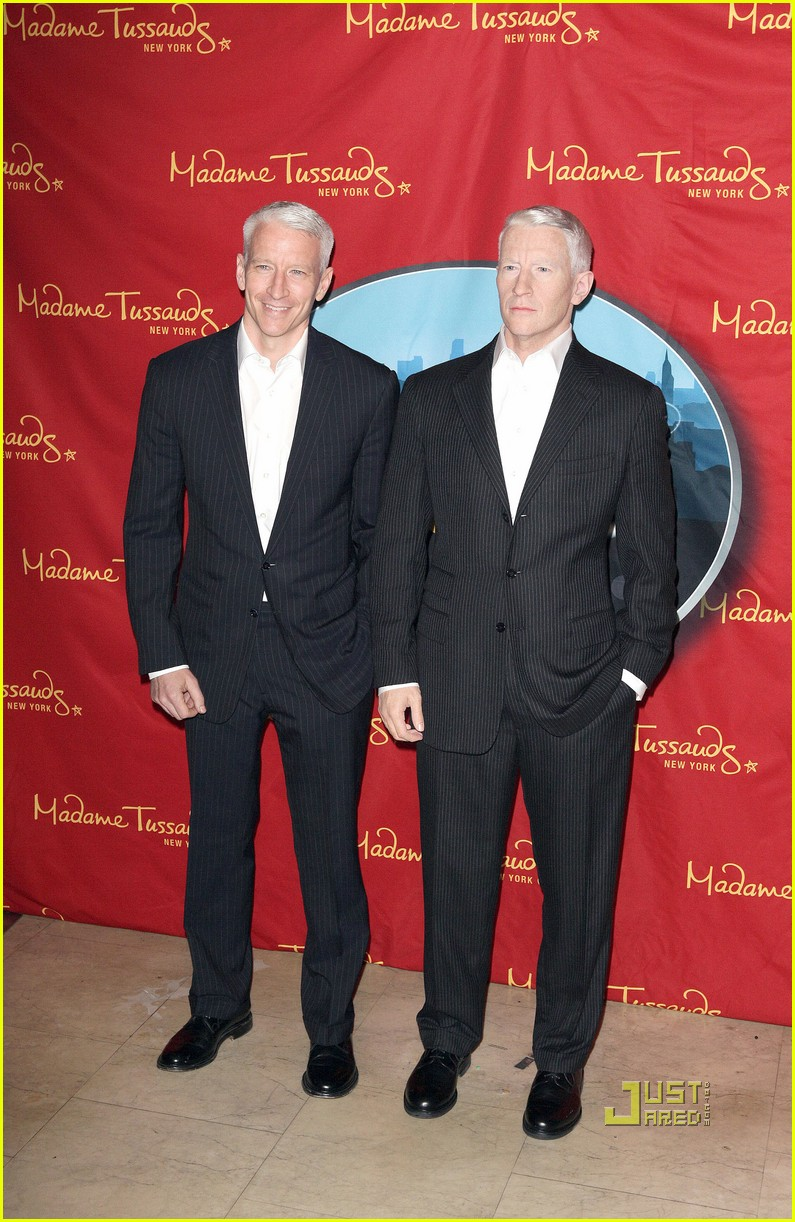 anderson cooper madame tussauds wax figure 022580052