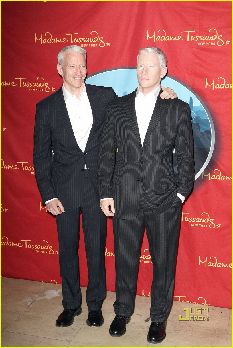 anderson cooper madame tussauds wax figure 05