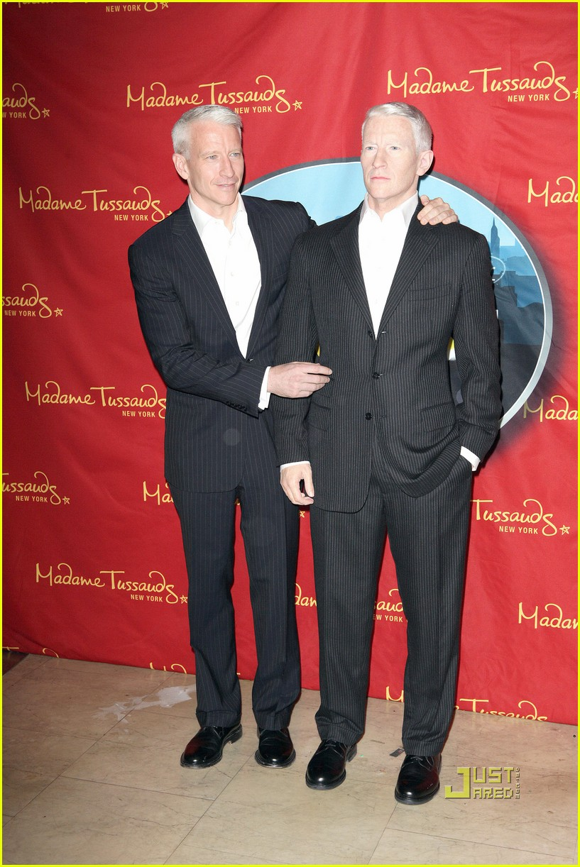 anderson cooper madame tussauds wax figure 06