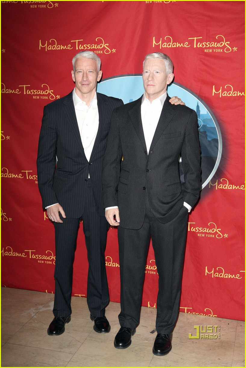 anderson cooper madame tussauds wax figure 07
