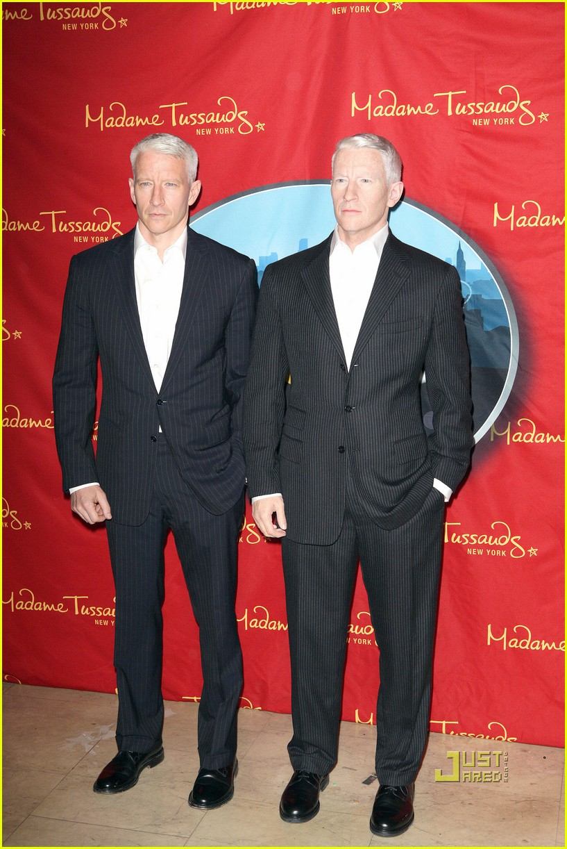 anderson cooper madame tussauds wax figure 142580064