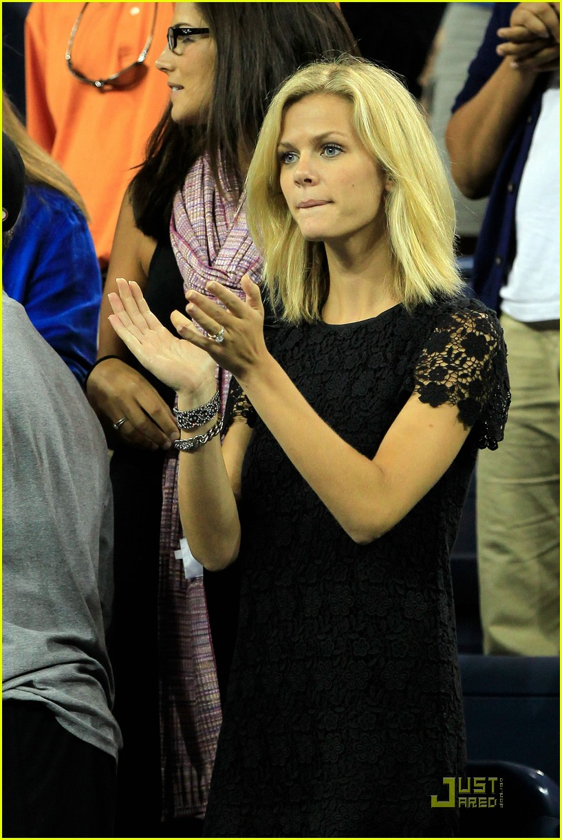 brooklyn decker supports andy roddick at the us open 02