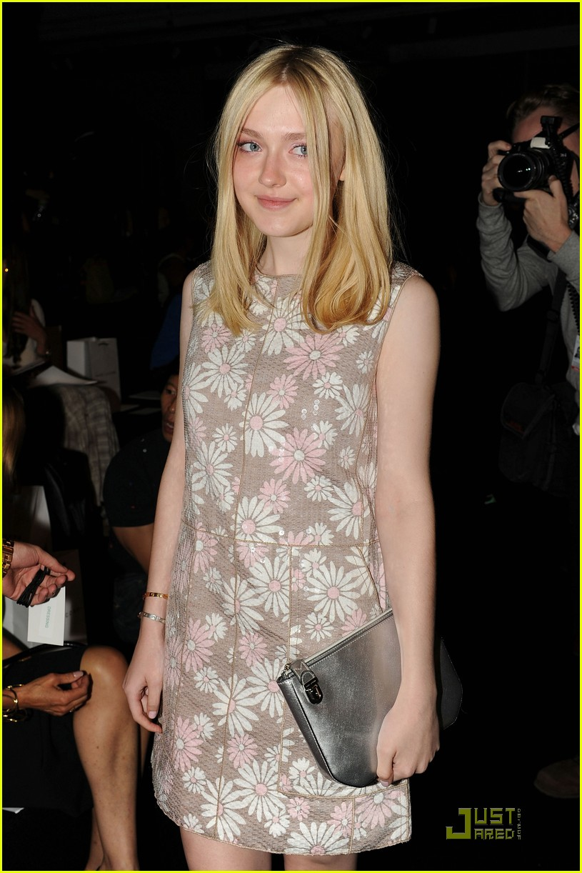 dakota fanning marc jacobs show after party 06