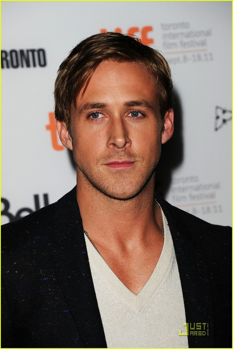 ryan gosling drive premiere in toronto 17