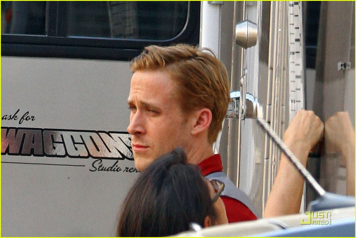 ryan gosling gangster set 03