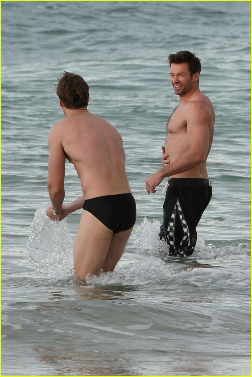 hugh jackman shirtless morning dip 02