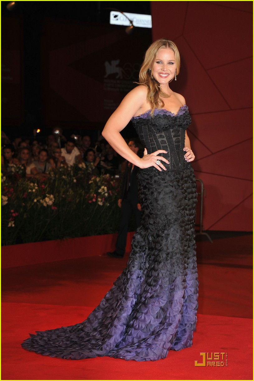 madonna abbie cornish premiere we venice 052575648