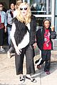 madonna jets into jfk 01